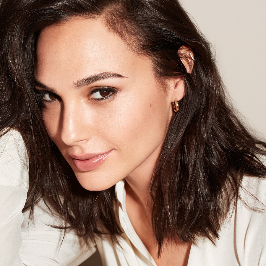 Revlon photoready candid glow foundation true gal gadot collection page hero 1x1