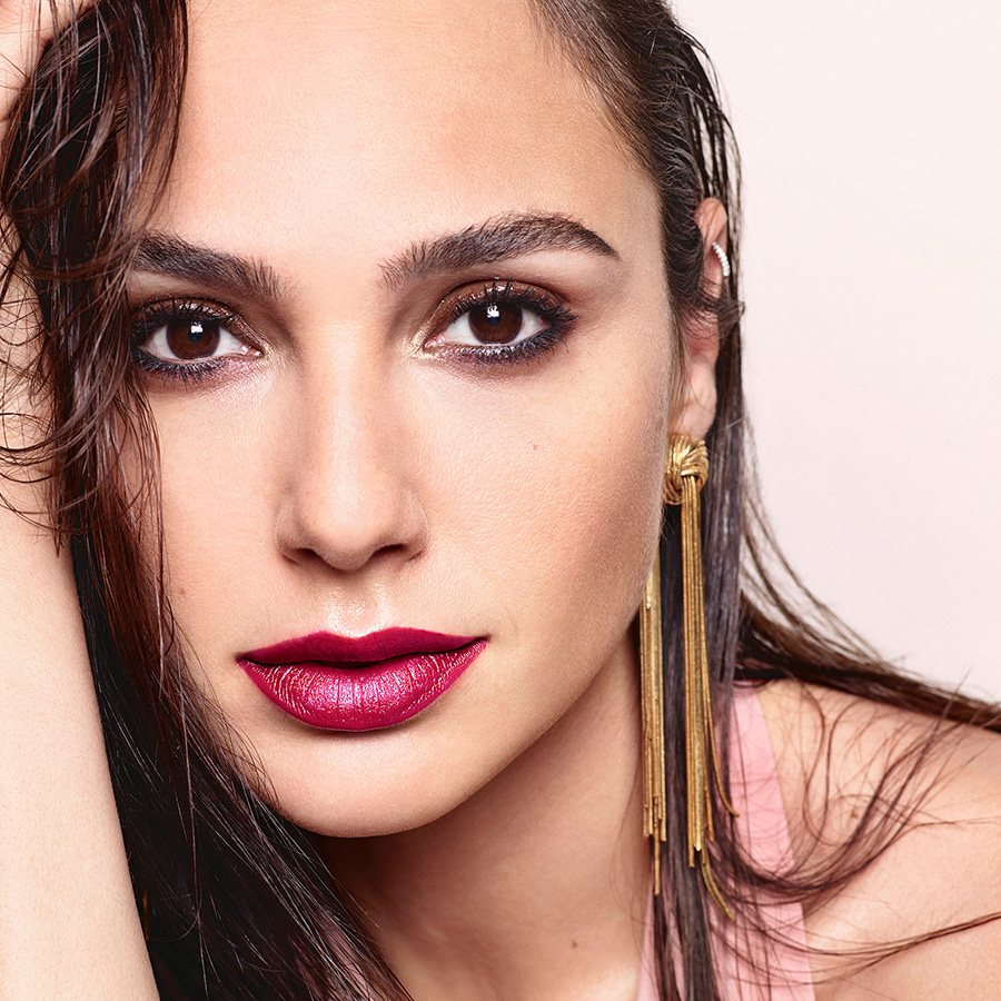 revlon lip super lustrous lipstick gal gadot beauty category hero 1x1